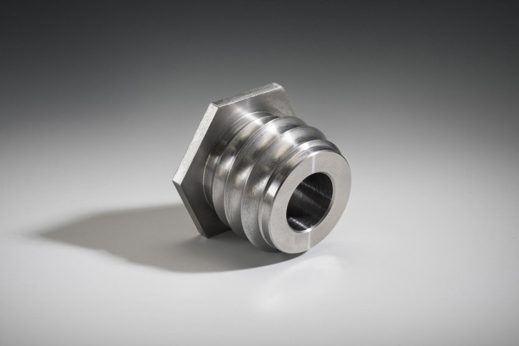 Threaded precision machined part